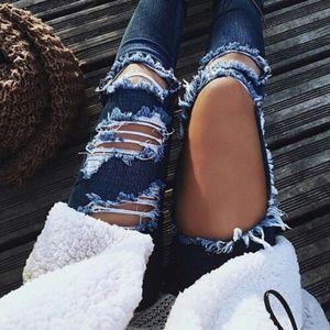 Fashion Nova Beach Bum Jeans - Medium Blue